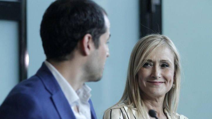 Reunión entre los equipos de Cristina Cifuentes e Ignacio Aguado
