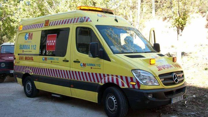 Herido muy grave un trabajador al precipitarse desde el techo de una furgoneta