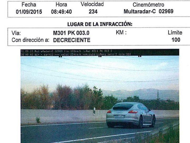 Condenan al jugador del Rayo cazado a 234 km/h a un año sin carné y multa diaria de 100 euros durante 6 meses
