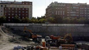 El Ayuntamiento negociará con la promotora del centro comercial de Madrid Río para reducir su impacto
