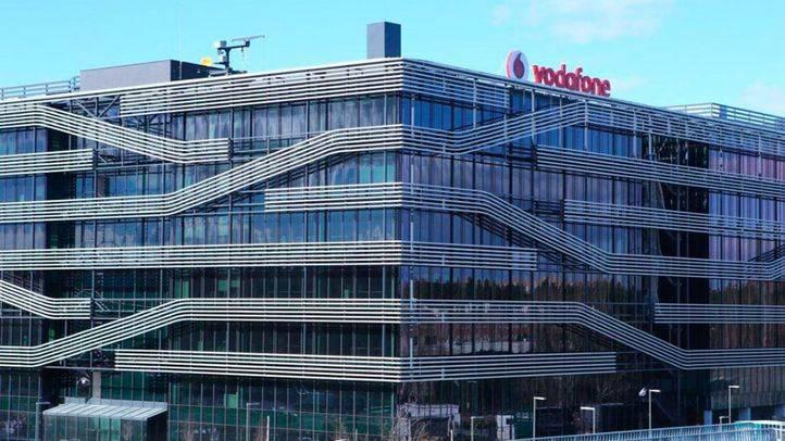 Trabajadores de Vodafone se concentran en Sol contra el ERE planteado por la empresa