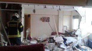 La explosión de un termo destroza un piso de Carabanchel