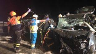 Tres fallecidos en un coche frontal entre dos vehículos en Colmenar Viejo