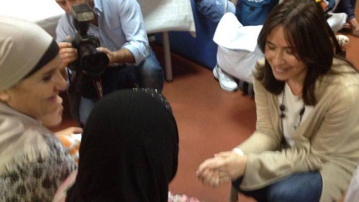 Belén Prado, viceconsejera de Políticas Sociales y Familia, al CEPI de Tetuán con motivo del Día Mundial de la Arepa