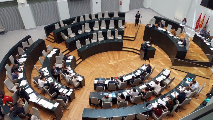 El Pleno acuerda una regulación más estricta frente a las alusiones tras la tensión institucional