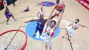 España se redime, pasa a la final y consigue billete olímpico