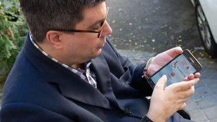 Javier Font, presidente de FAMMA, nos explica cómo funciona la App para movilidad reducida.