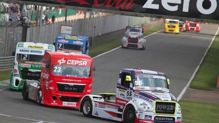 Los camiones llegan al Jarama