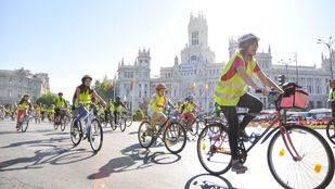 'Bicicletada' por el centro para celebrar el Día sin coches
