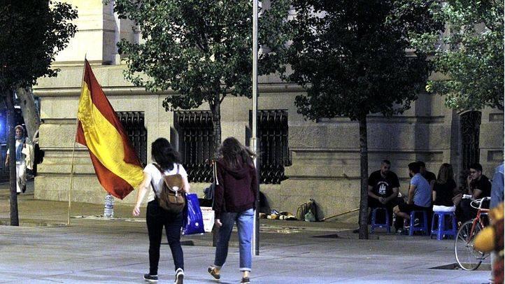 El Ayuntamiento pide a la Delegación desalojar a los nazis acampados en Cibeles