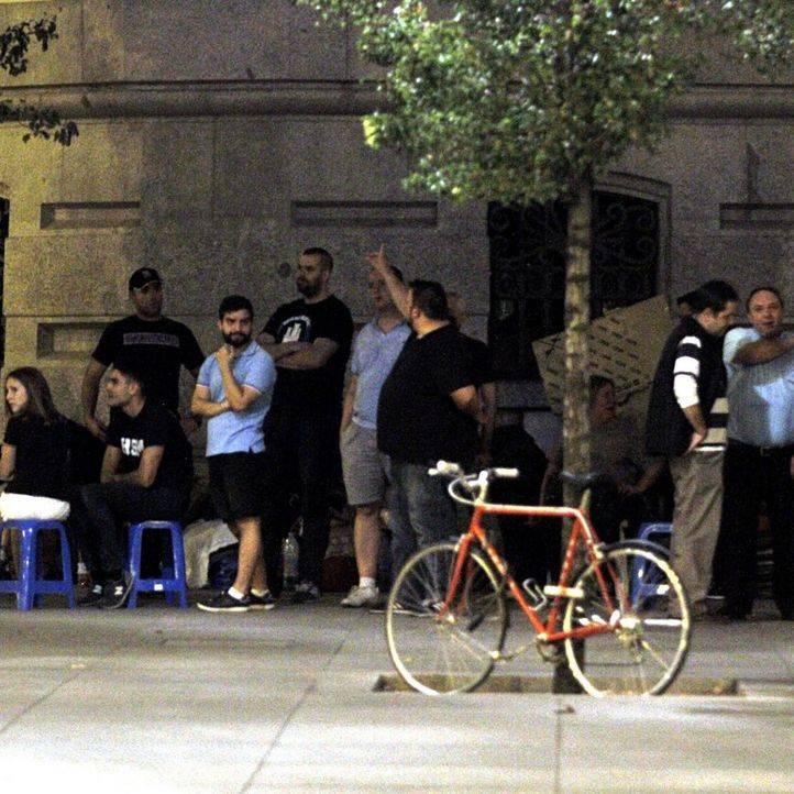 La Policía Municipal desaloja a todos los acampados frente al palacio de Cibeles