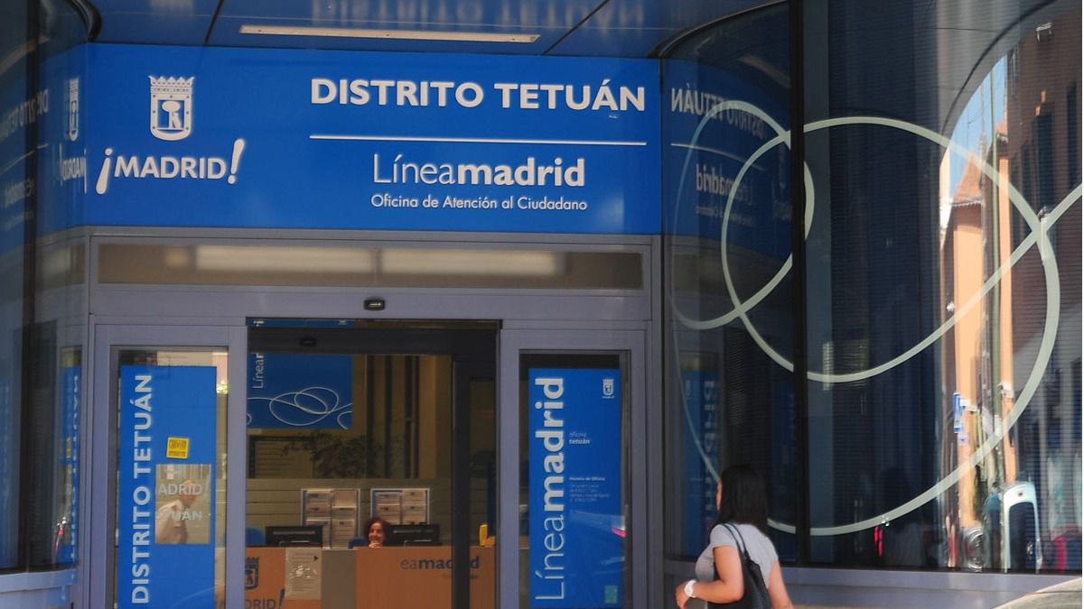 El ayuntamiento municipalizar l nea madrid madridiario for Oficinas linea madrid