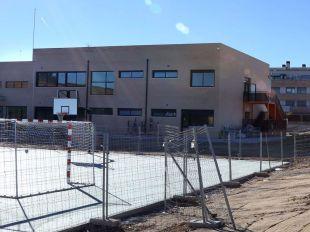 Educación defiende una ampliación de cursos en Montecarmelo que no contenta a los vecinos
