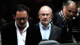 La secretaria de Rato y un supuesto nuevo testaferro, detenidos por la trama de pagos el expresidente