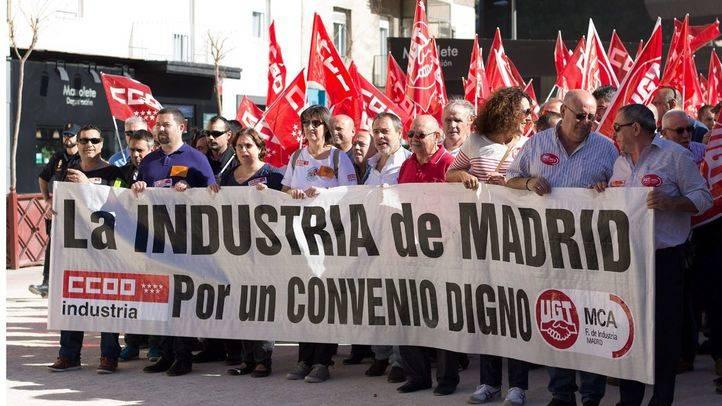 Los trabajadores del metal de Madrid se manifiestan para reivindicar su convenio laboral