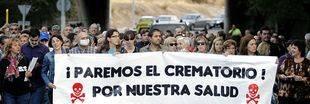 Manifestación vecinal contra la construcción de un crematorio en el tanatorio de la M-40