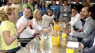 El PP se 'lanza' a los bares de Madrid para captar el voto de los jóvenes