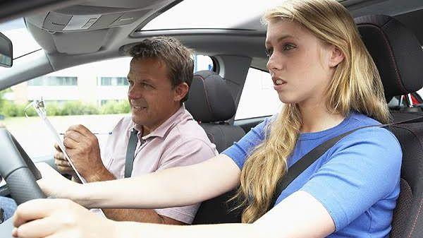 Crece la demanda que de los que vuelven a la autoescuelas después de un largo periodo sin conducir