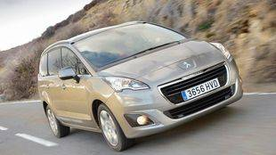 El Peugeot 5008 estrena la versión 1.2L PureTech 130 S&S Allure