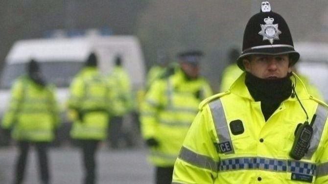 La Policía identifica a dos responsables del atentado de Londres