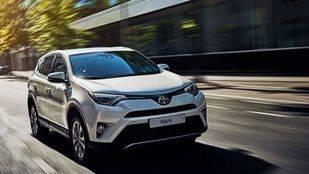 Nuevo Toyota RAV4, precio alto y pocas mejoras