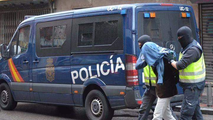 La Policía Nacional, en una detención. (Archivo)