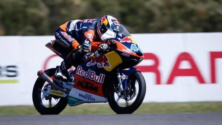 Oliveira gana en Moto3