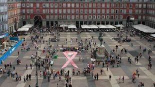 El Ayuntamiento de Madrid y Ecovidrio se unen en una campaña contra el cáncer de mama