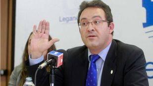 El PP aparta a Jesús Gómez de la portavocía de la comisión de corrupción tras abandonar la mesa