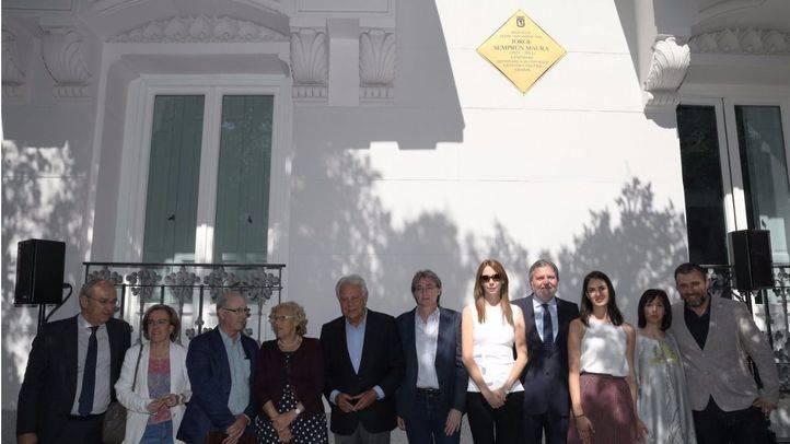 El Ayuntamiento rinde homenaje a Jorge Semprún, exministro de Cultura