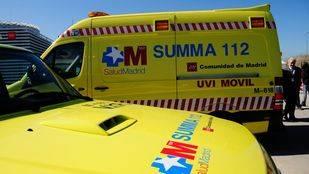 Dos heridos, uno grave, en una colisión entre una motocicleta y un turismo en Arganda del Rey