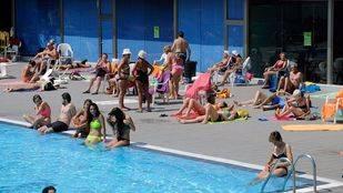 Una piscina de la Comunidad de Madrid. (Archivo)