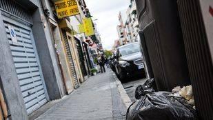 El PSOE pide traducir la campaña de limpieza al chino para involucrar a los comerciantes de Usera