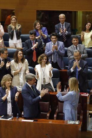 Insultos y reproches entre partidos, en la moción de censura