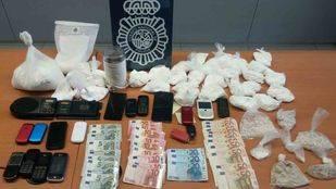 Cuatro personas detenidas en Móstoles por distribución de cocaína y heroína