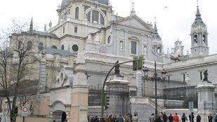 Desarticulado un grupo anarquista responsable de atacar la catedral de La Almudena con artefacto explosivo