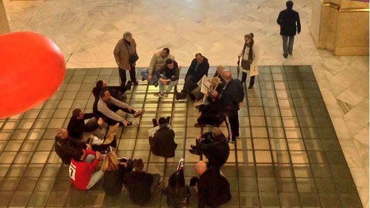 Sentada neonazi en el Palacio de Cibeles
