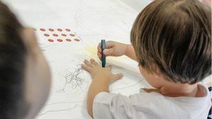 La Asamblea pide que el proyecto educativo prime en los concursos de escuelas infantiles
