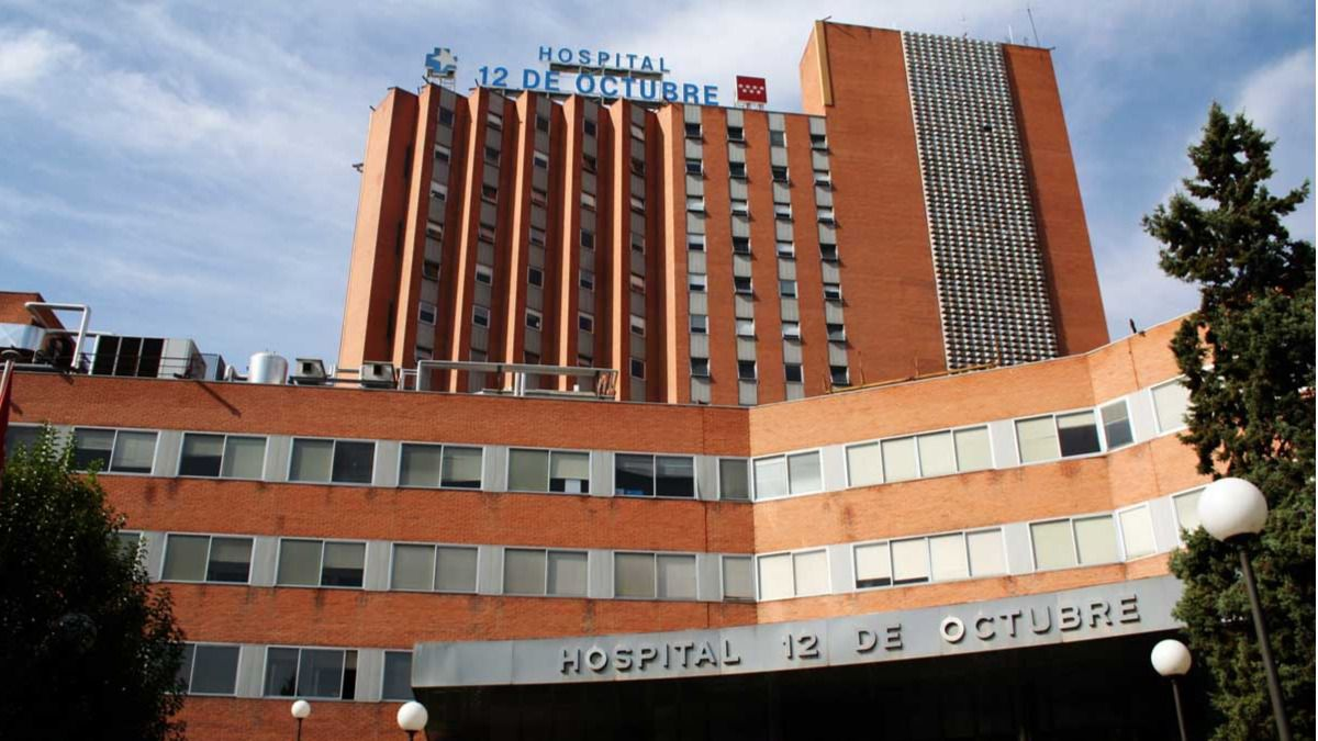 Cient ficos madrile os dise an una superbola de az car for Hospital de dia madrid