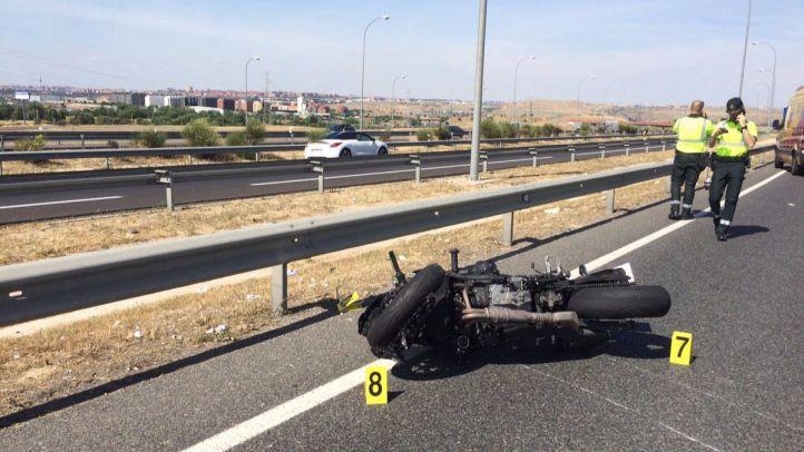 Fallece una joven en un accidente de moto