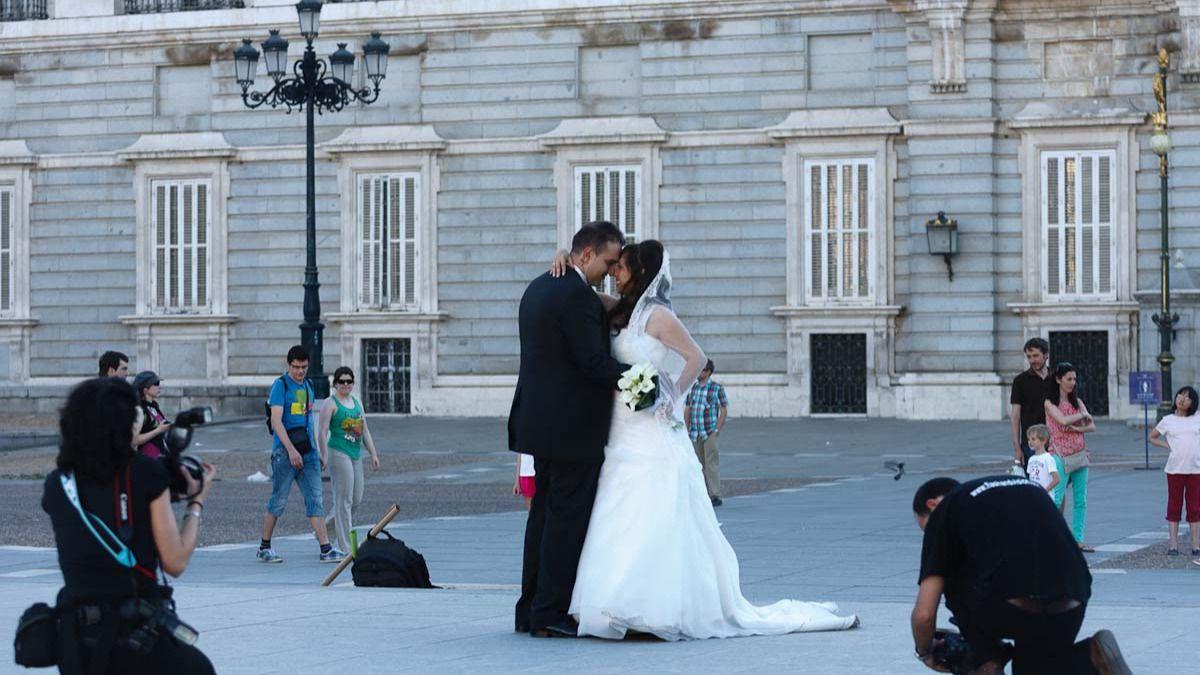 El ayuntamiento aprueba el nuevo calendario para celebrar for Casarse en madrid