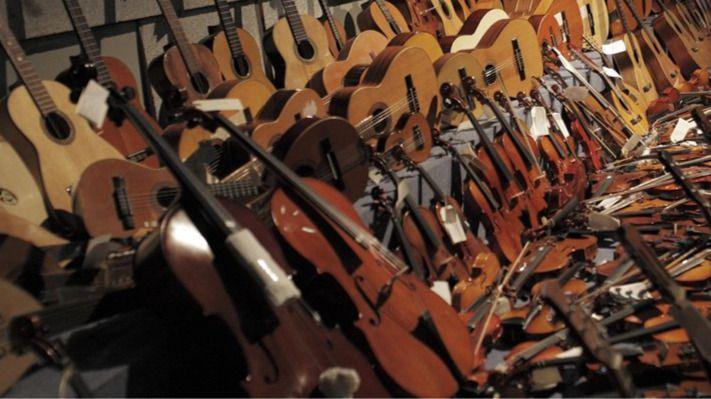 La campaña #LaMúsicaNosSalva recoge instrumentos para países en conflicto