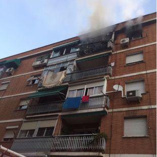 Cuatro heridos por un incendio en una vivienda de Torrejón