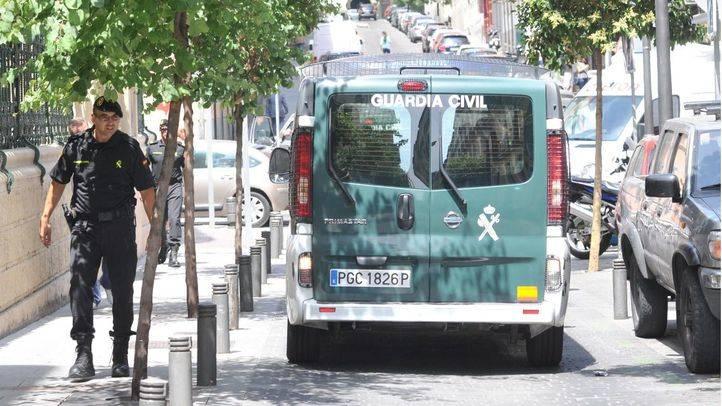 La Guardia Civil desmantela un grupo organizado que cometía robos a la salida de los bancos