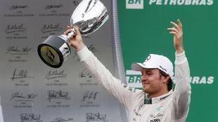 Rosberg repite en Brasil y Alonso termina decimosexto