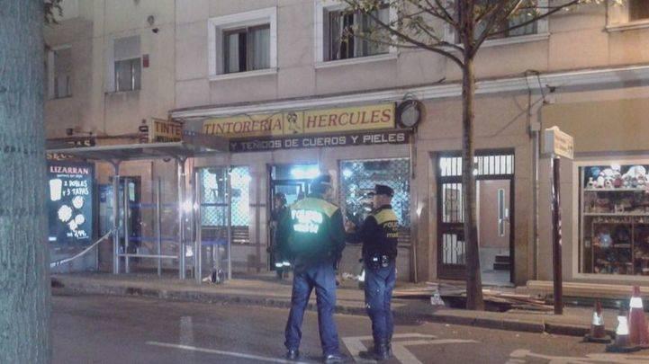 Desalojados 30 vecinos por el apuntalamiento de un edificio en la calle Cartagena