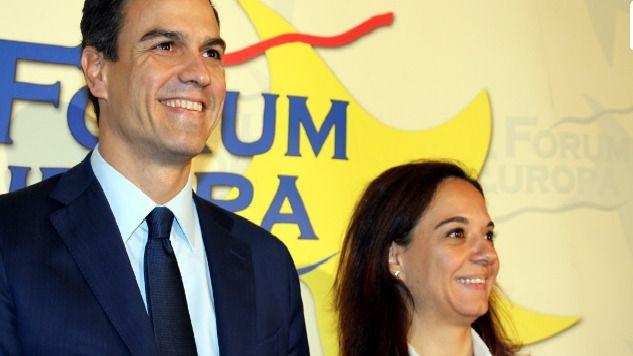 Sara Hernández y Pedro Sánchez en Nueva Economía Fórum