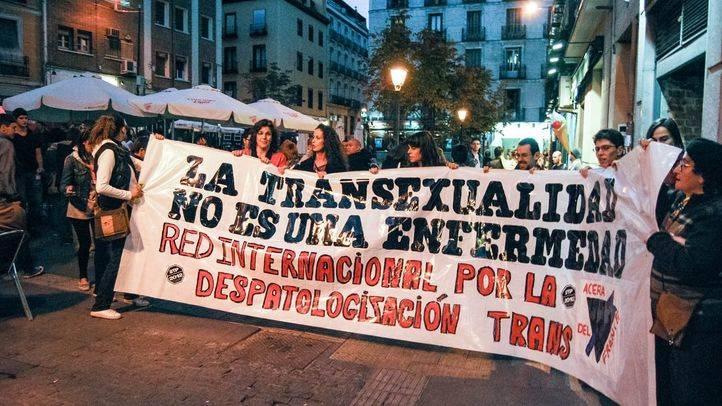 Manifestación 'La transexualidad no es una enfermedad' en la plaza de Chueca.