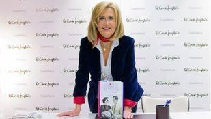Nieves Herrero firma en Madrid su novela histórica 'Como si no hubiera un mañana'