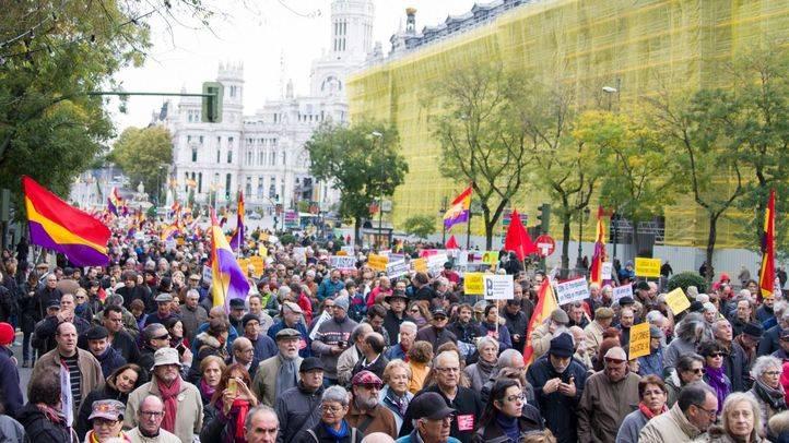 Una manifestación pide en Madrid que se reconozca a las víctimas del Franquismo